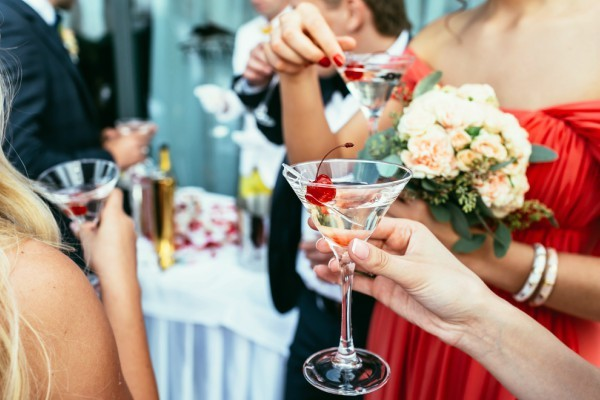 What's the Purpose of Wedding Cocktail Hour?